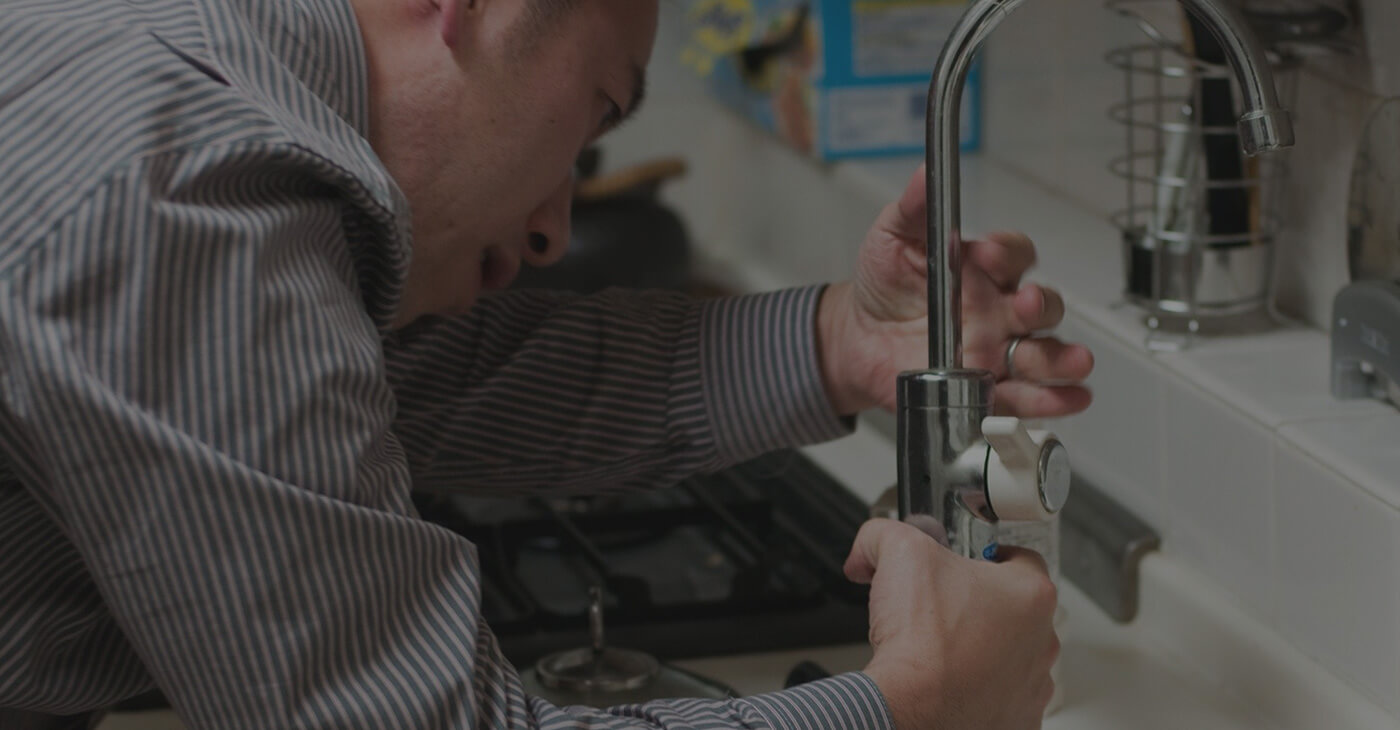 Expert Handyman for FixesWe are handyman for home fixes
